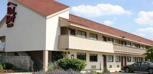Red Roof Inn & Suites Knoxville East