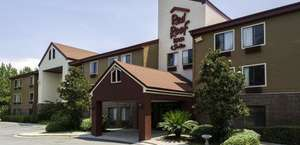 Red Roof Inn and Suites Savannah Airport