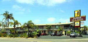 Harbor Inn & Suites