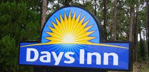 Days Inn Charleston- Airport Coliseum