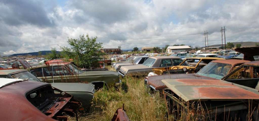 Moores Auto Salvage, Rapid City | Roadtrippers