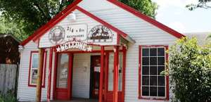 The Wild Wild West Dallas Irving Backpackers' Guesthouse