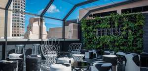 HENNESSY Rooftop Bar