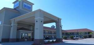 Grand Inn And Suites