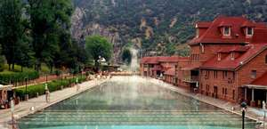 Glenwood Hot Springs Lodge & Pool
