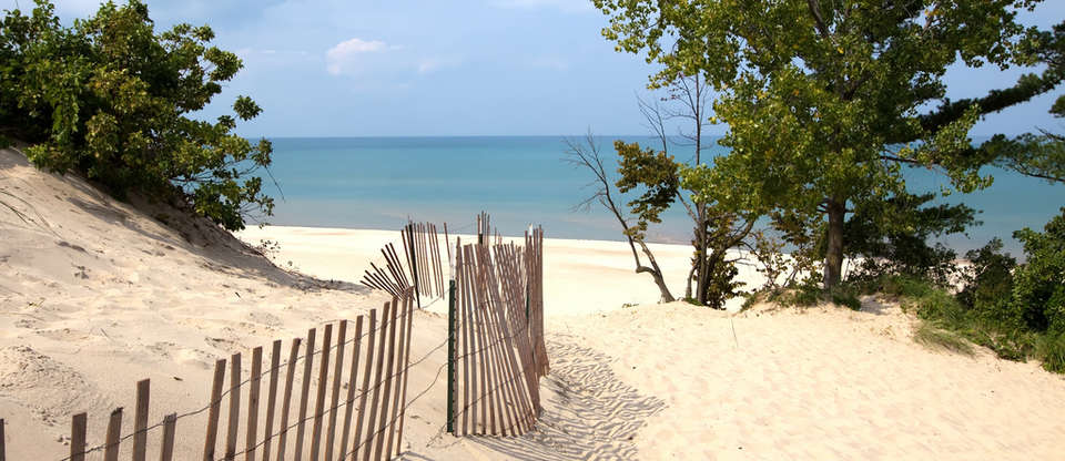 Soak up the sun with a road trip along the Indiana Dunes